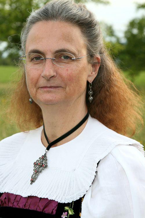 Hofer Anita